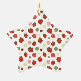 Fresas rojas y lunares rosados y verdes adorno de cerámica en forma de estrella