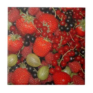 Fresas, y frutas del verano tejas  ceramicas