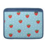 Fresas y lunares azules fundas macbook air