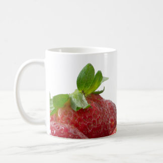 Fresas y taza poner crema