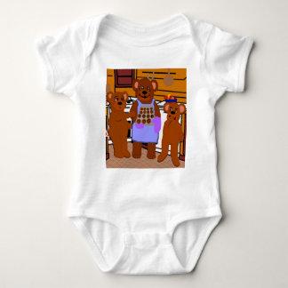 Fresco de la camiseta del bebé del horno