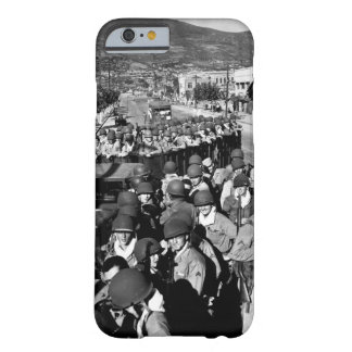 Fresh and eager U.S. Marine troops_War Image Barely There iPhone 6 Case