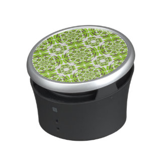 Fresh geometric pattern speaker