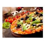 Fresh Italian pizza Postcard