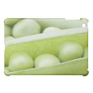 Fresh organic peas iPad mini case