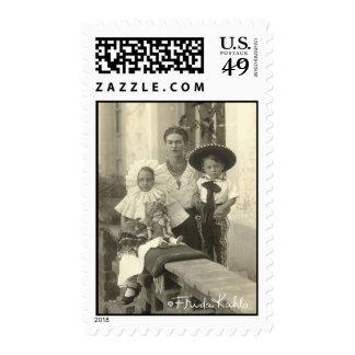 Frida Kahlo con los niños Sello Postal
