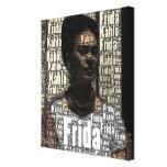 Frida Kahlo que pone letras al retrato Impresión En Lona Estirada
