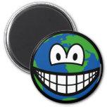 Earth smile   fridge_magents_magnet