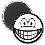 Black and white smile   fridge_magents_magnet