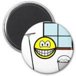 Window cleaner smile   fridge_magents_magnet