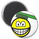 Combing smile   fridge_magents_magnet