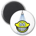 Showering smile   fridge_magents_magnet