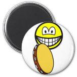 Tambourine playing smile   fridge_magents_magnet