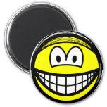 Hairnet smile   fridge_magents_magnet