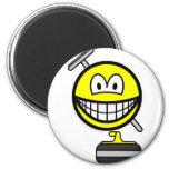 Curling smile   fridge_magents_magnet