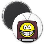 TV smile   fridge_magents_magnet