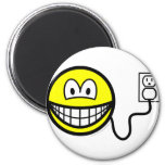 Plugged in smile   fridge_magents_magnet