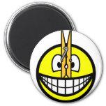 Pegged nose smile   fridge_magents_magnet