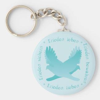 Frieden sichern, bewahren, leben, lieben basic round button keychain