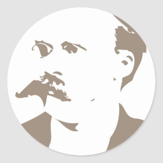 Friedrich Nietzsche hace frente a gris caliente Etiquetas Redondas
