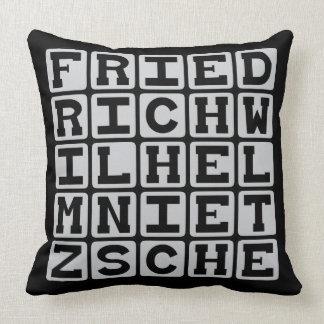 Friedrich Wilhelm Nietzsche existencialista Cojin