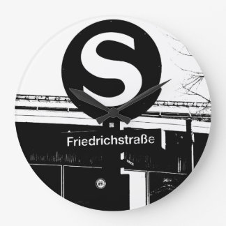 Friedrichstrasse_01.01.2_G_illu, rapid-transit Large Clock