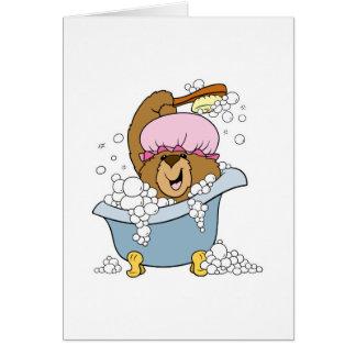 Friegue un oso del tiempo del baño de la copia tarjeta de felicitación