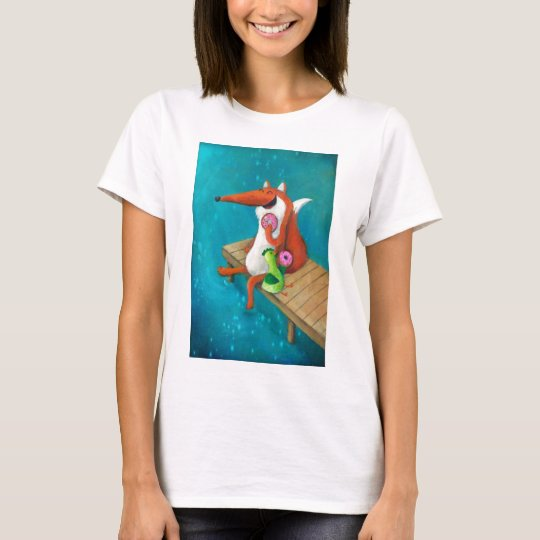 Friendly Fox and Chicken eating donuts T-Shirt