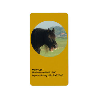 Friesian Horse-portrait yawning in circle Label