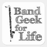 Friki de la banda del clarinete bajo colcomania cuadrada