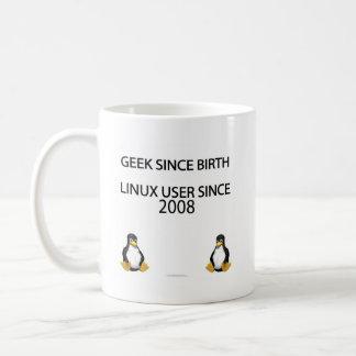 Friki desde nacimiento. Usuario de Linux desde 200 Taza Básica Blanca