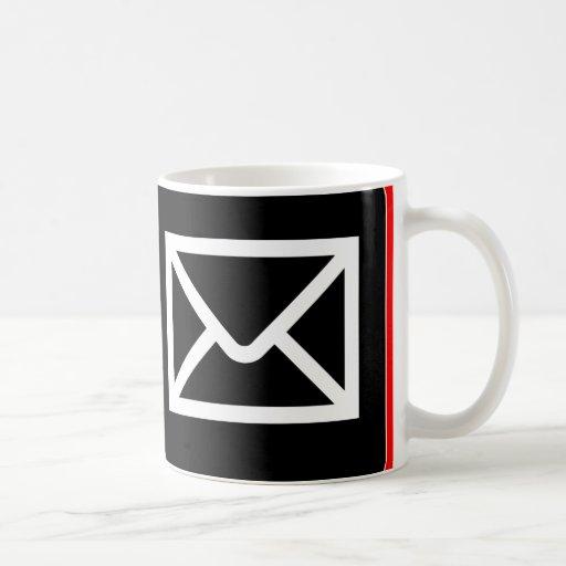 Friki ÉL taza del correo electrónico del trabajo