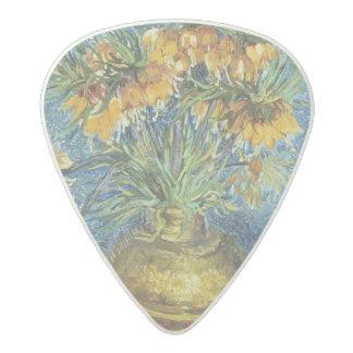 Fritillaries imperiales de corona en un florero de púa de guitarra acetal