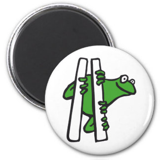 frog 2 inch round magnet
