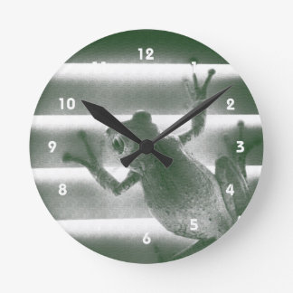 frog on blinds green sketch cool amphibian reptile round clock