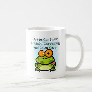 Frog Organic Gardening T-shirts and Gifts Mugs