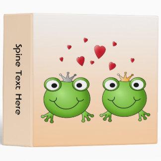 Frog Prince and Frog Princess, with hearts. 3 Ring Binder