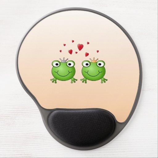 Frog Prince and Frog Princess, with hearts. Gel Mousepad