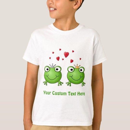 Frog Prince and Frog Princess, with hearts. T-Shirt