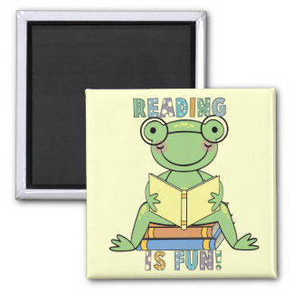 Frog Reading is Fun T-shirts and Gifts Magnet