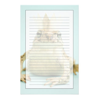 Frog wearing crown stationery