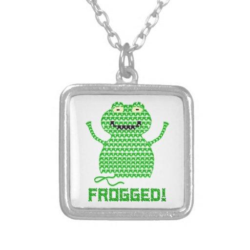 ¡Frogged! Rana del ganchillo del vector Colgante Cuadrado