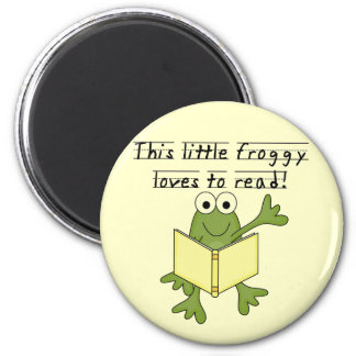 Froggy Loves to Read T-shirts and Gifts Magnet