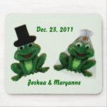 Froggy Wedding - Mousepad