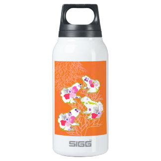 Frogs on pastel orange background. insulated water bottle