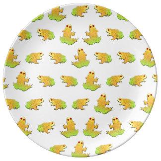 Frogs pattern plate