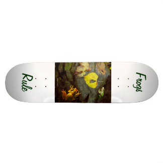 Frogs Rule Skateboard