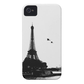 "From Eiffel tower ""Seine river"" iPhone 4 Case"