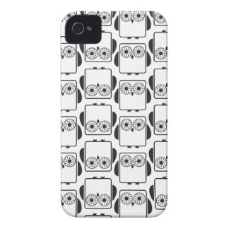From Lucy: COOL GEEKY OWL PATTERN   black & white iPhone 4 Covers