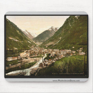From Mamelon Vert, Cauterets, Pyrenees, France vin Mouse Pad
